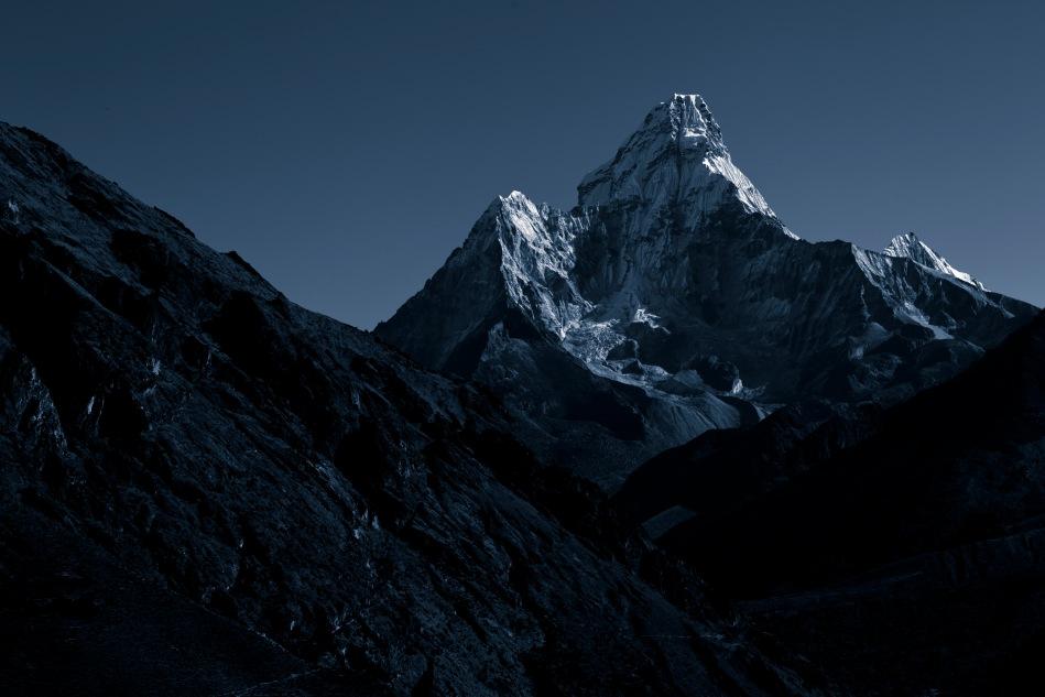 nepal bnw art-1008